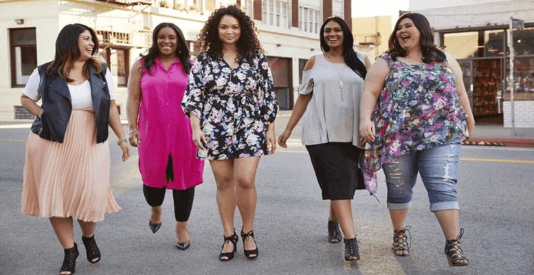 de1b0a62207f8 Kilolu kadınlar hangi renk kıyafetler seçmeli? Fazla kiloya sahip bayanlar  nasıl giyinmeli? Kilolu bayanlar için şık giysi kombinleri nasıl olur?