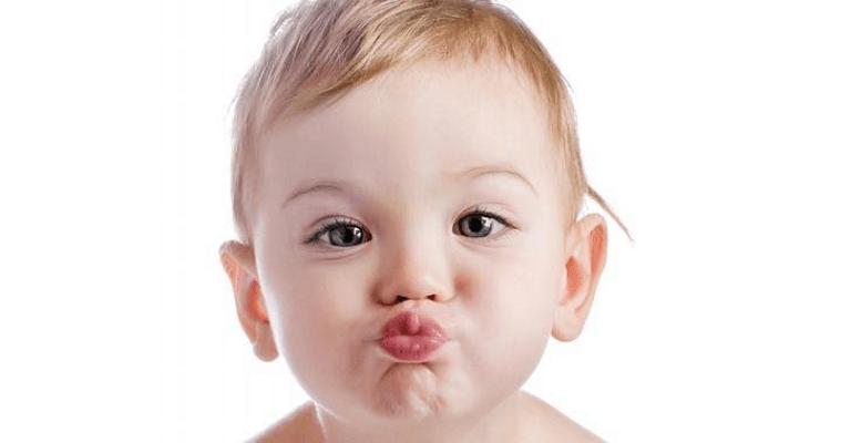 Bebeklerde Dudak Kuruluğu Neden Olur, Nasıl Geçer?