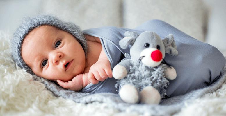 1 Aylık Bebek Eğitimi Gelişimi: Uyku, Beslenme, Aşı Takvimi