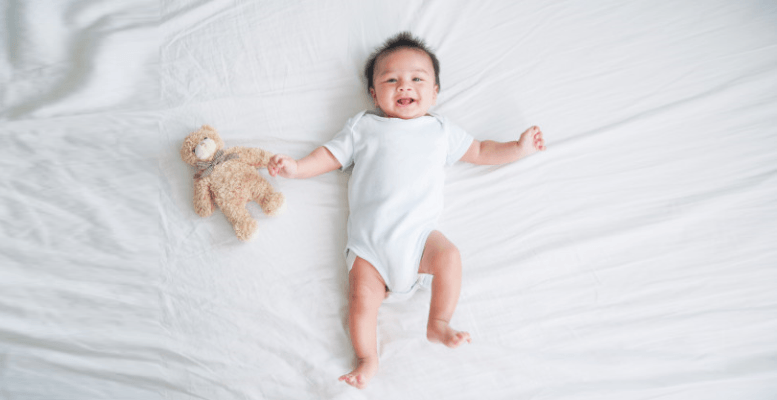 Bebeklerin Uyku Düzeni Nasıl Olmalı? Günde Kaç Saat Uyumalı?